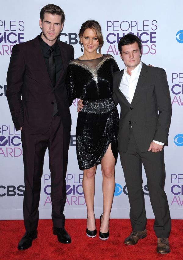 Jennifer Lawrence, Josh Hutcherson si Liam Hemsworth