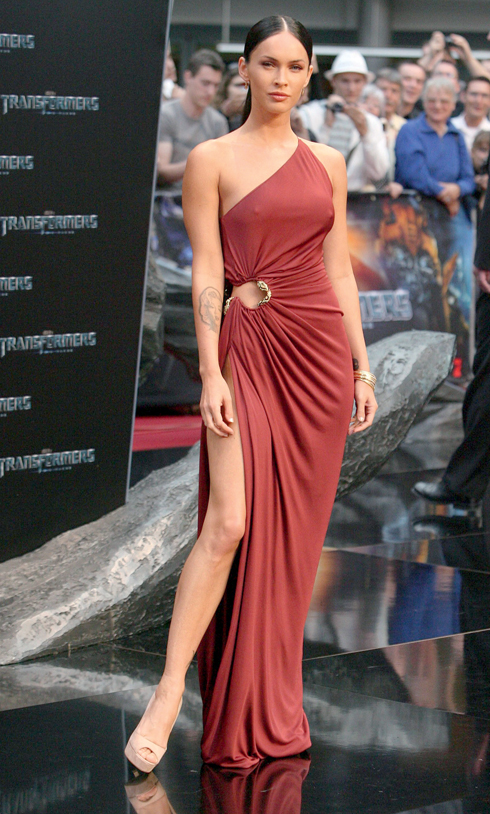 USA ONLY Megan Fox is Nipply at Transformers 2 Premiere in Berlin