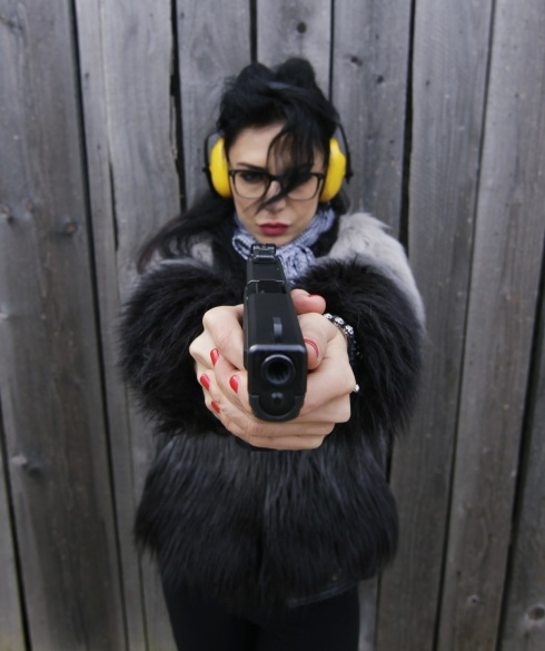 Dj Wanda pistol 1