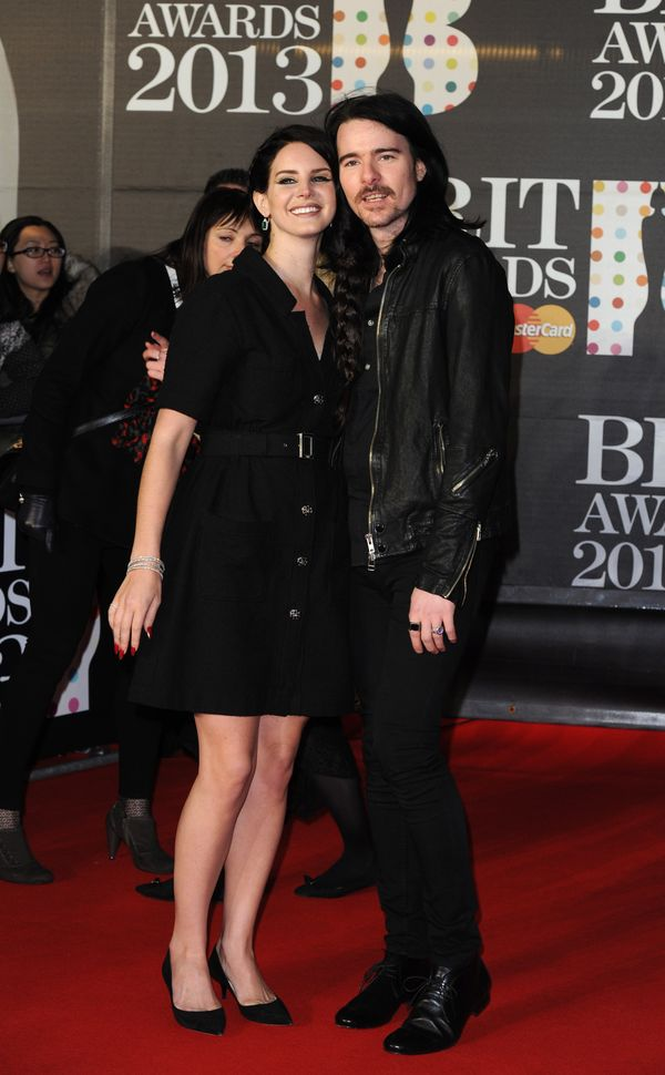 Here, Lana Del Rey si Barrie James O'Neil.