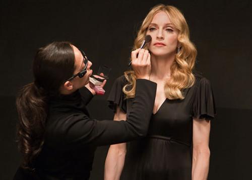 RTEmagicC_Madonna_make_up.jpg