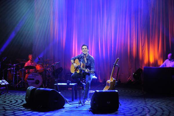 Stefan Banica in concert, 8 martie, Circul Globus 6