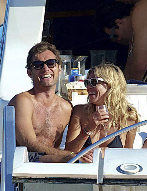 Jude Law and Sienna Miller - Ibiza