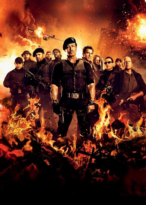 """El reparto de """"Los Mercenarios 2"""" en diferentes imágenes y posters promocionales. La película, que será estrenada en España el próximo 6 de Agosto de 2012 cuenta con Sylvester Stallone, Bruce Willis, Liam Hemsworth y Arnold Schwarzenegger, entre otro"""