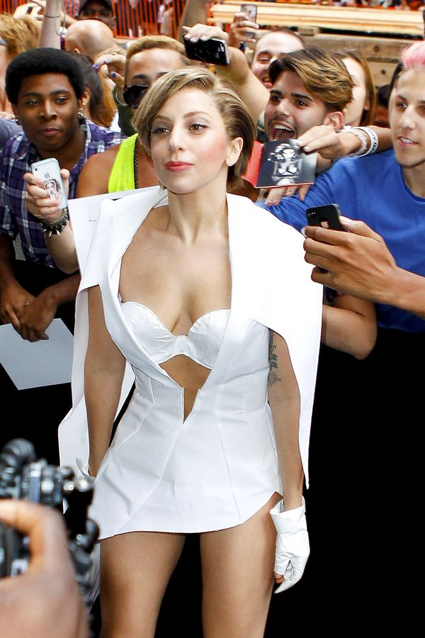 Lady Gaga brings her fans to times square to lunch her new album