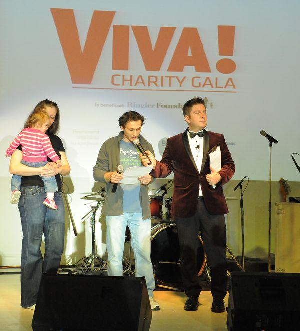 Familia Codrea si Pavel Bartos