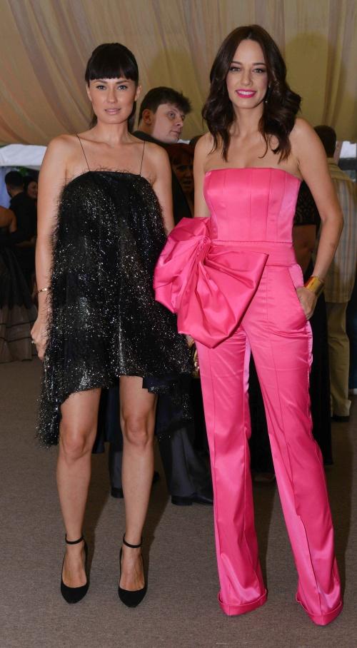Roxana Voloseniuc si Andreea Raicu