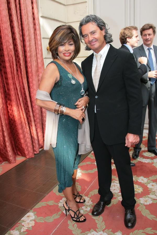 Tina Turner si Erwin Bach - Viva.ro