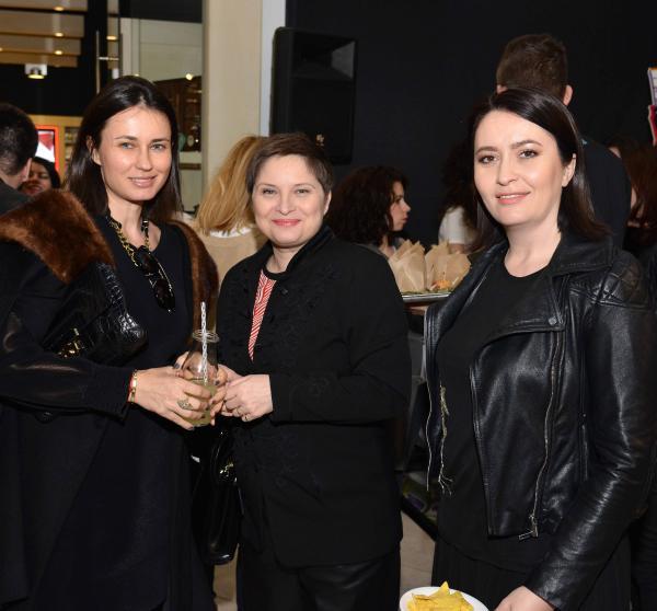 Roxana Voloseniuc, Cristina Stanciulescu si Amalia Nastase