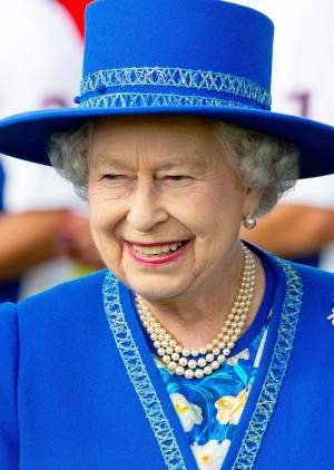 15-06-2014 Polo Queen Elizabeth visit a polo match at the Guards Polo Club in Windsor, England. © PPE/Nieboer Credit: PPE/face to face - No Rights for Netherlands -