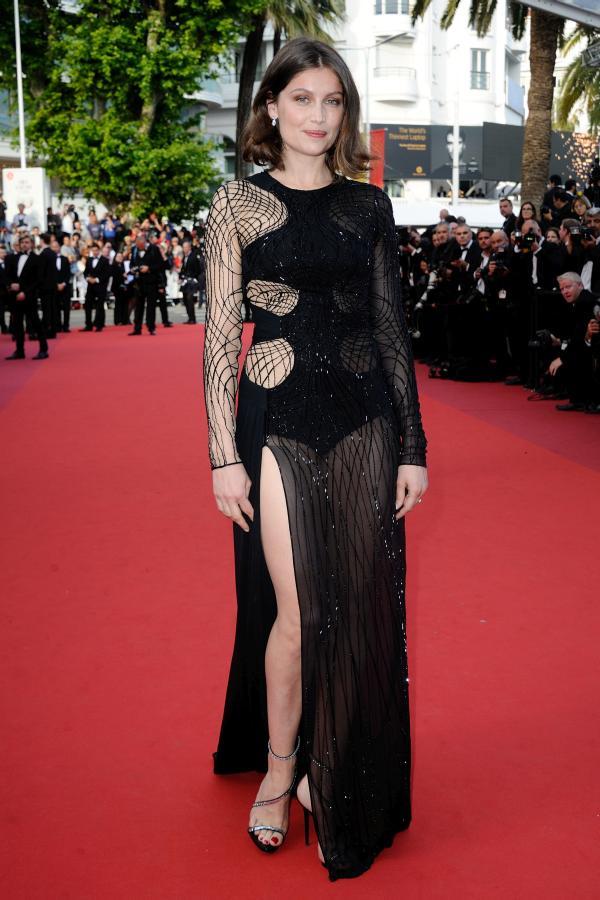 Catrinel Menghia – Seducătoare la Cannes într-o rochie de ... Vanessa Paradis