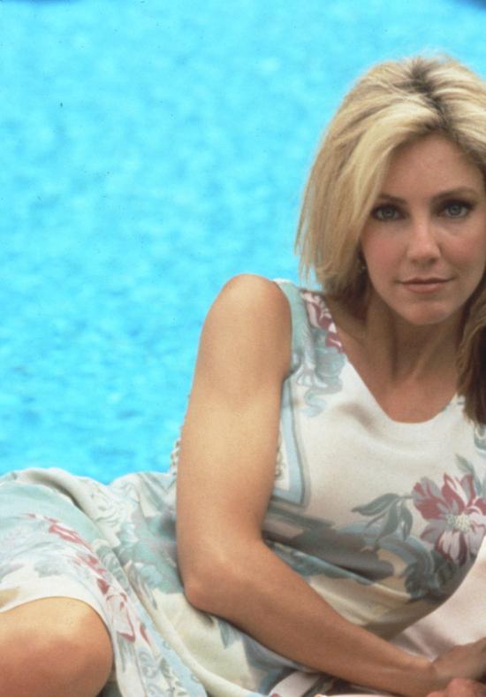 """Heather Locklear a făcut furori în anii '90 în """"Melrose Place"""" și în """"Beverly Hills 90210"""""""