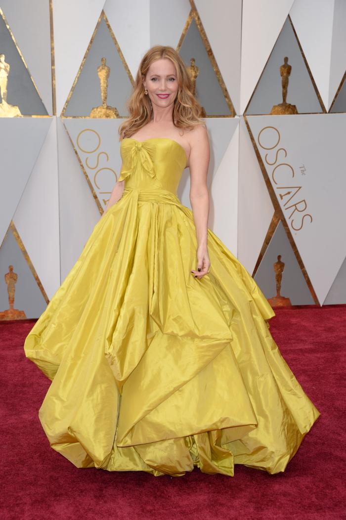 Leslie Mann a purtat o rochie Zac Posen inspirată parcă din