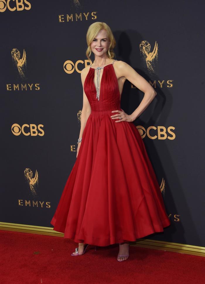 Nicole Kidman - Calvin Klein, bijuterii Harry Winston