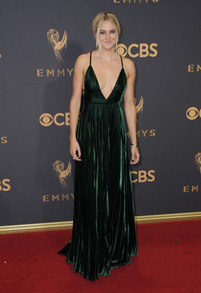 Shailenne Woodley - Ralph Lauren si bijuterii Alexis Bittar