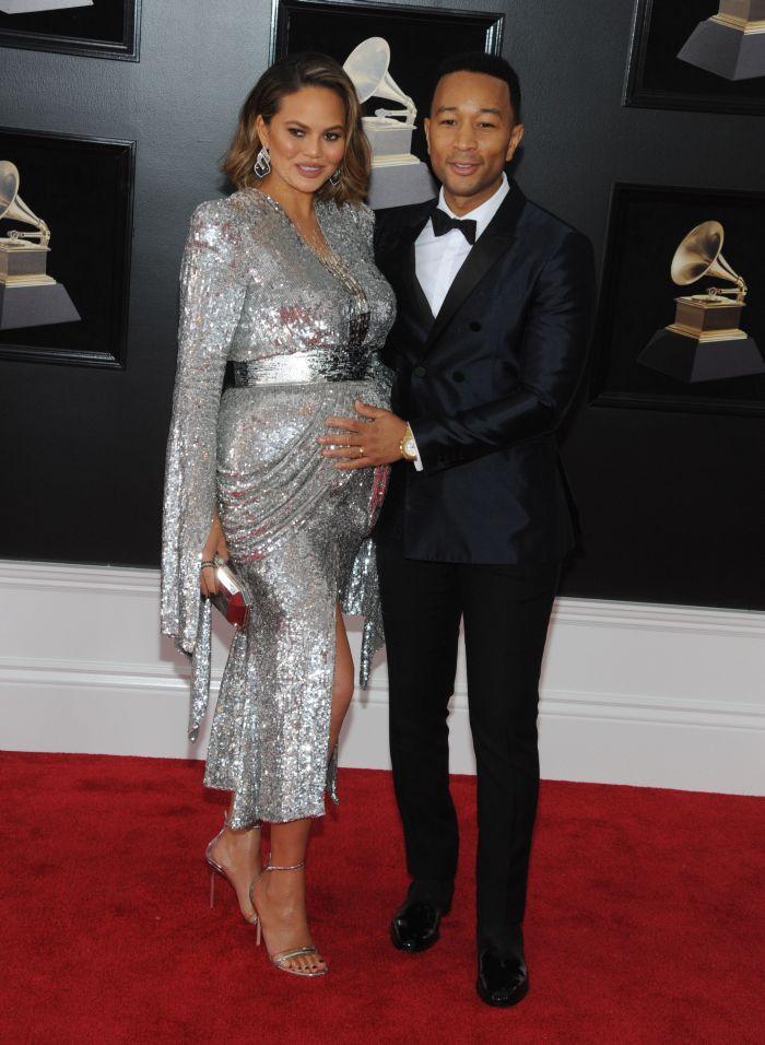 Chrissy Teigen și John Legend au devenit părinți pentru a doua oară.