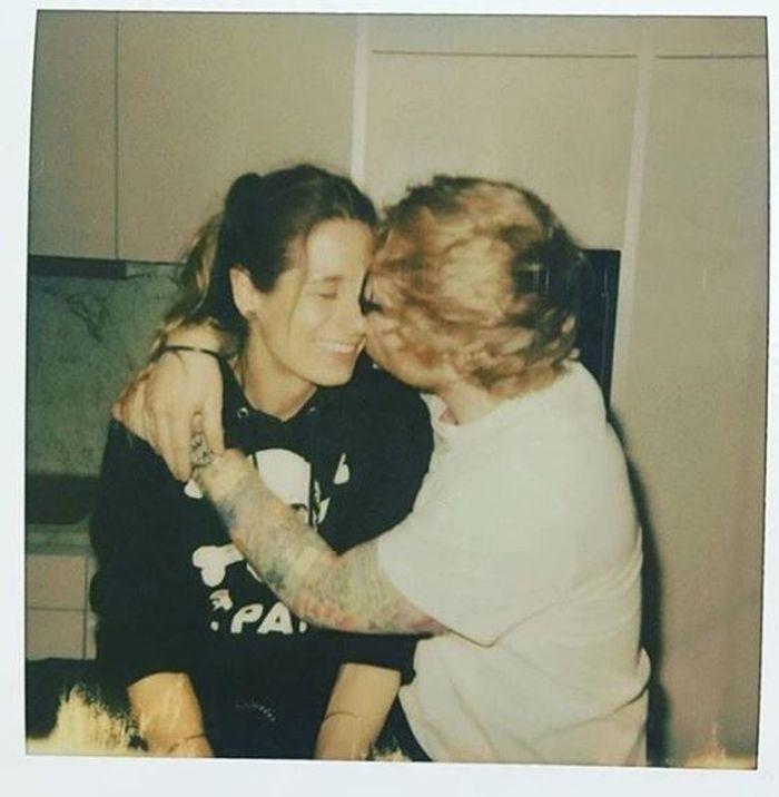 Ed Sheeran și logodnica lui