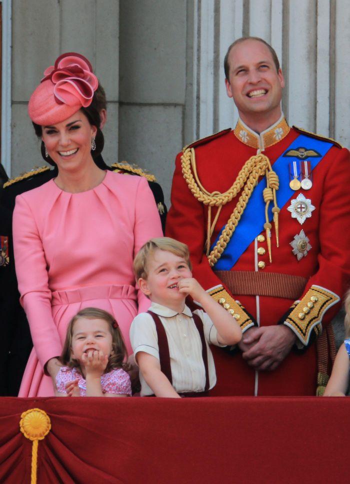 Kate Middleton va deveni Regina consoartă după ce Prințul William va fi uns rege.