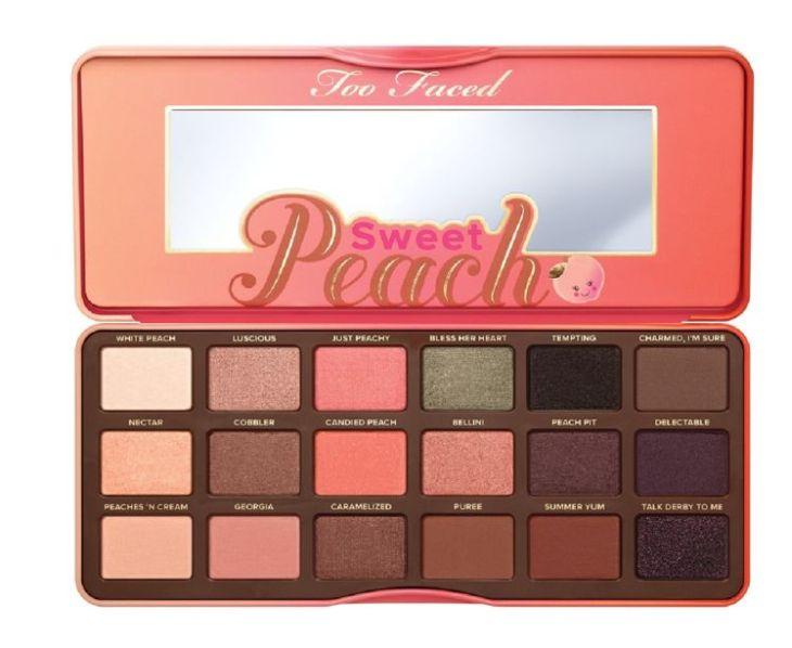Trusă de farduri, Too Faced, Sweet Peach Palette, 233 lei, disponibilă Sephora