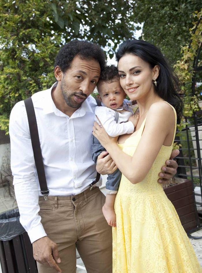 Kamara, Leon Akim și Oana
