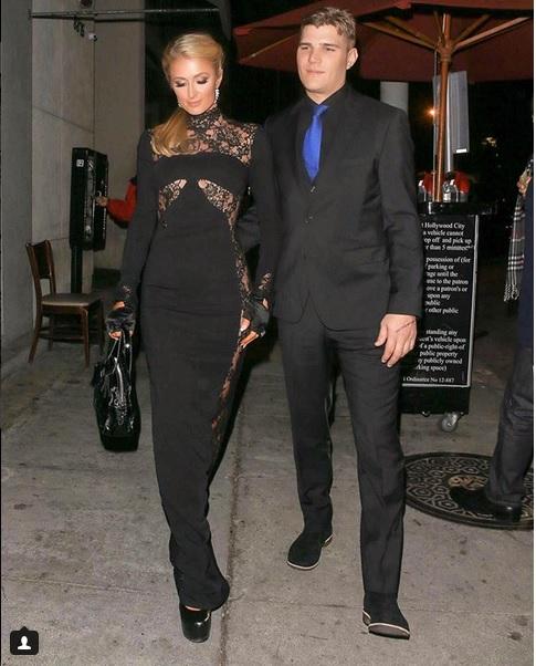 Paris Hilton și Chris Zylka