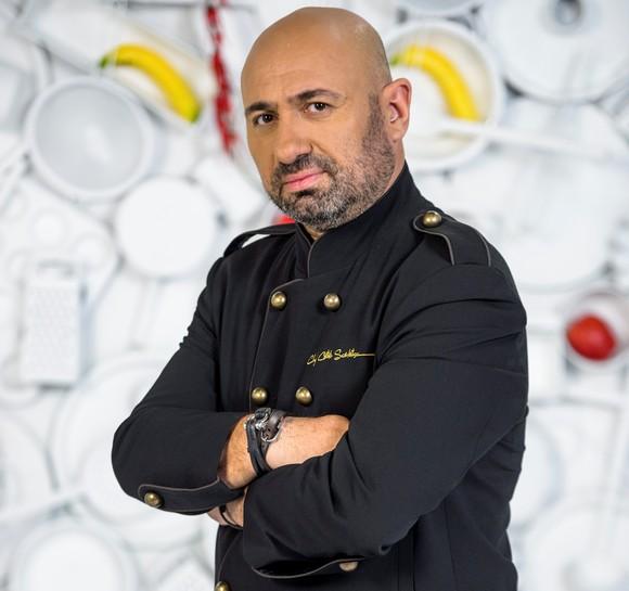 Chef Cătălin Scărlătescu ne-a recomandat o rețetă de pește cu legume, pentru Florii