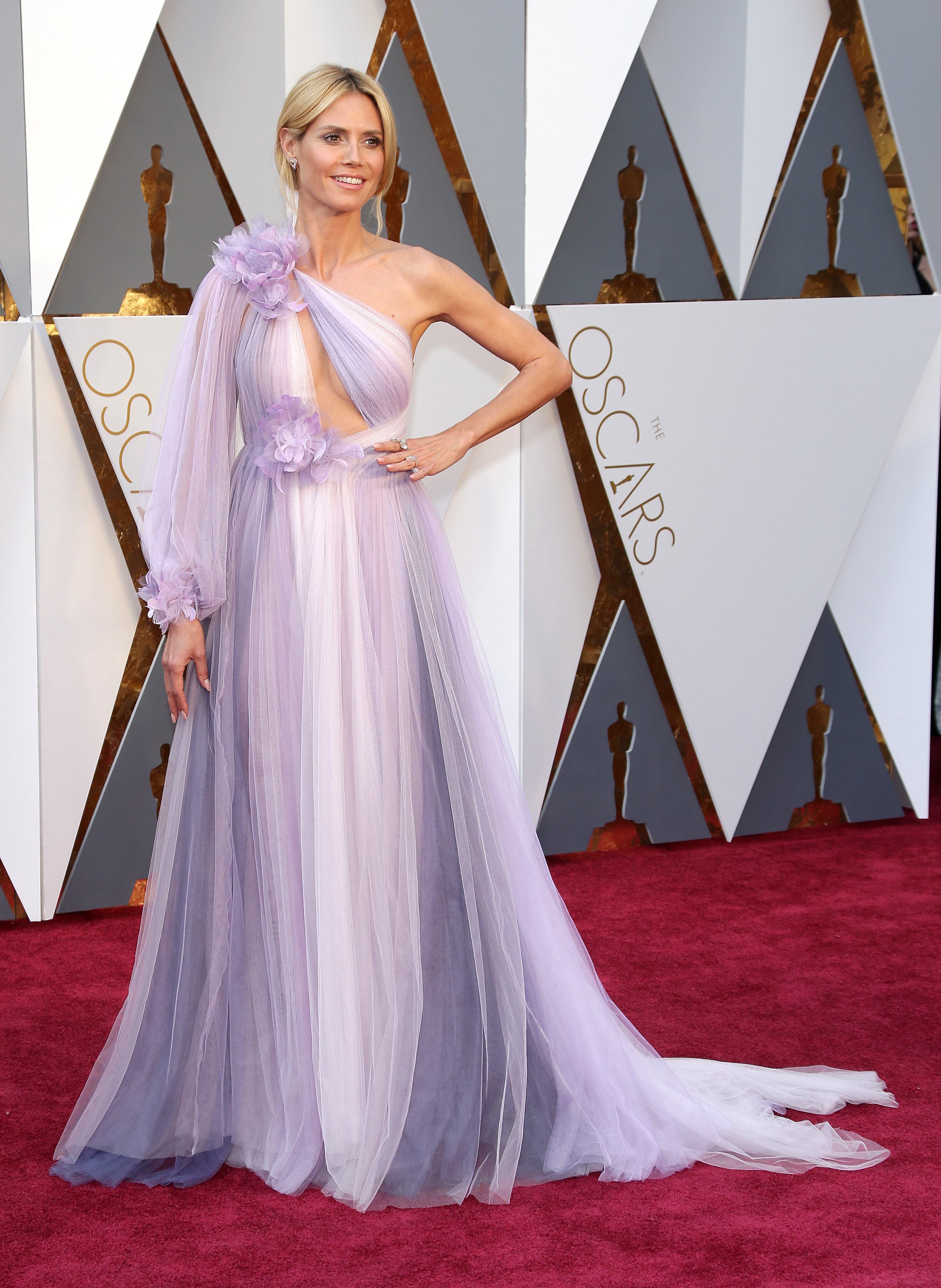 Heidi Klum a fost confundată cu o domnișoară de onoare la Oscar 2016