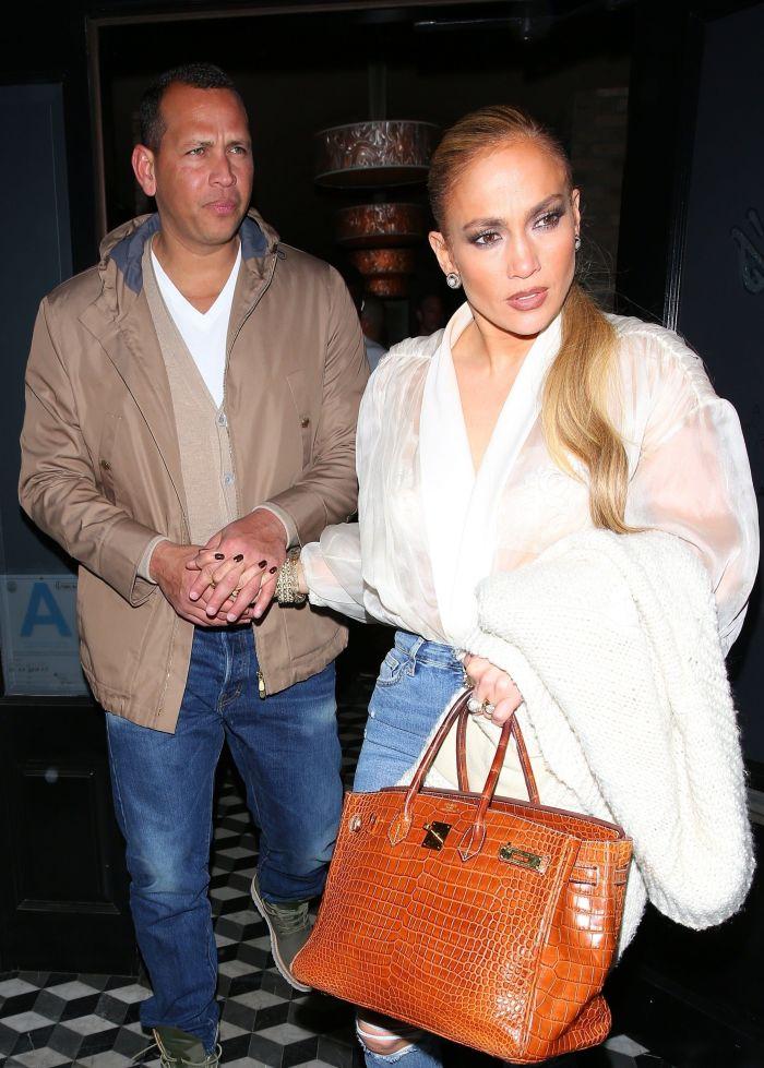 Jennifer Lopez și Alex Rodriguez și-au cumpărat apartament de 15 milioane de dolari