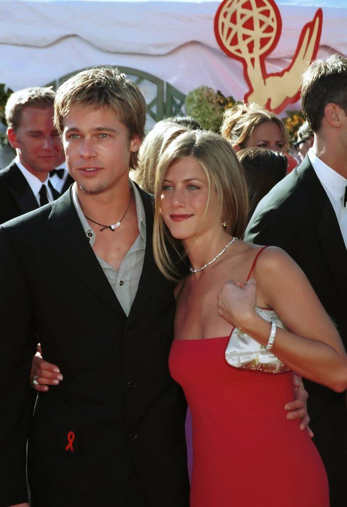 Jennifer Aniston și Brad Pitt, la Premiile Emmy, în 2000.