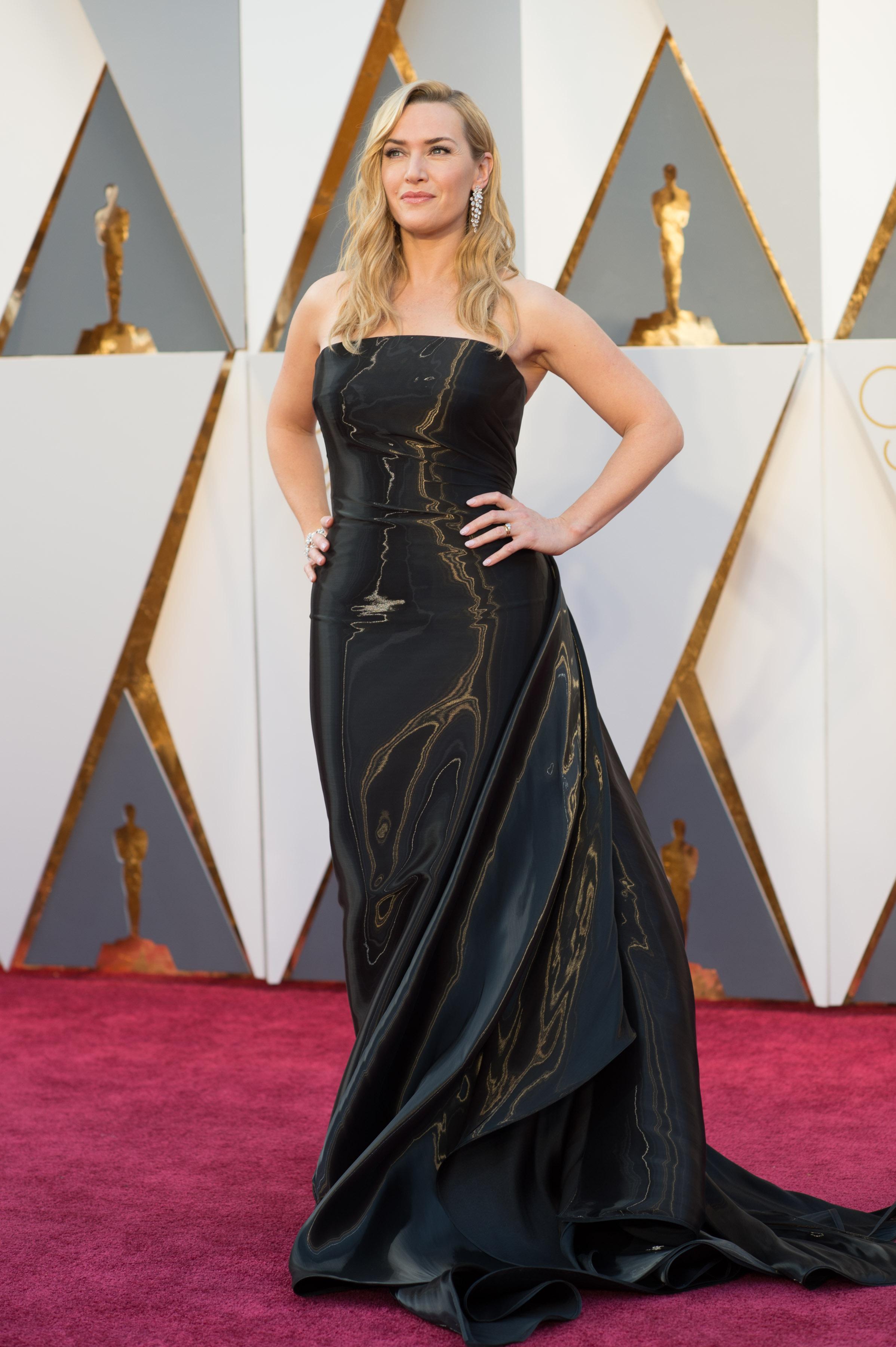 Kate Winslet a fost inclusă la categoria prost îmbrăcate, din cauza acestei rochii