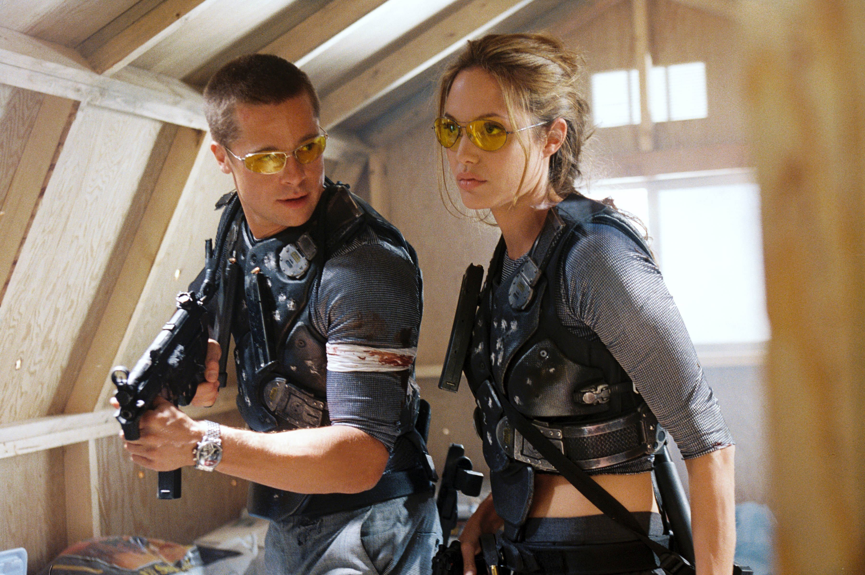 Brad și Angelina s-au îndrăgostit pe platourile de filmare ale filmului Mr. & Mrs. Smith.