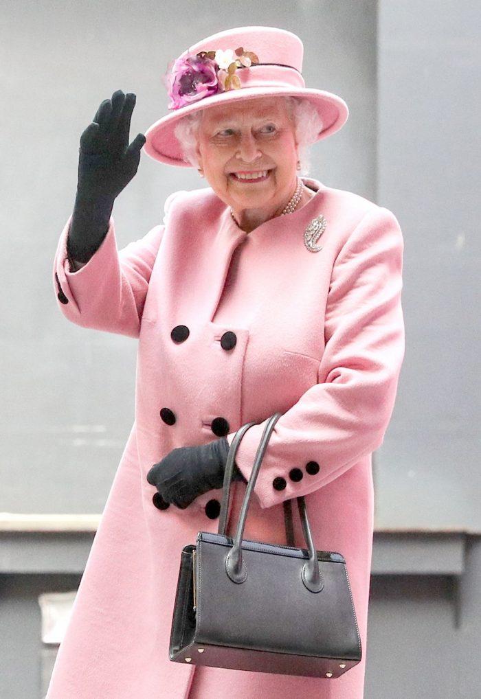 Elisabeta a II-a îi va plăti nunta nepotului său Harry cu meghan Markle.