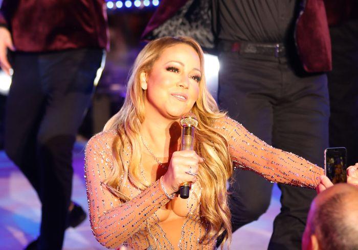 Mariah Carey face terapie și ia medicație împotriva tulburării bipolare.
