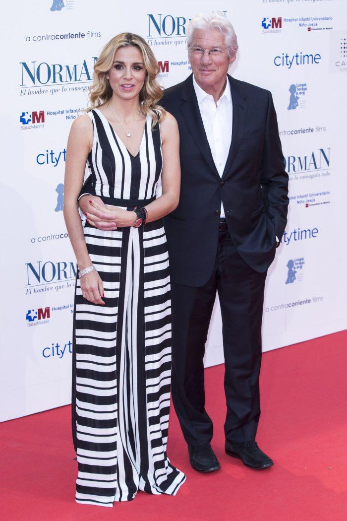 Richard Gereva deveni tată la 68 de ani. Alejandra silva, soția lui, este cu 33 de ani mai tânără.