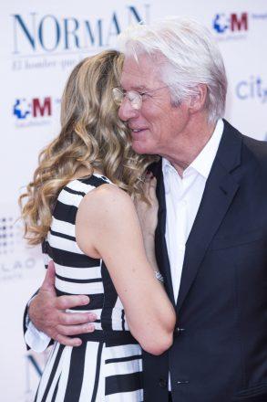 Nunta dintre Richard Gere și Alejandra Silva va avea loc pe 5 mai.