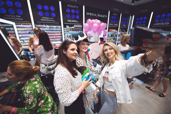 Cristina Cojucar, Alexandra Ungureanu și Andreea Bălan