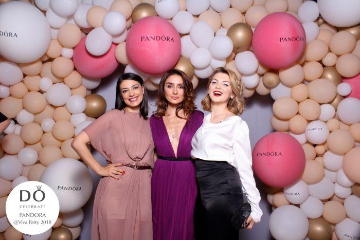 Iulia Verdes, Cristina Feather, Olivia Nita