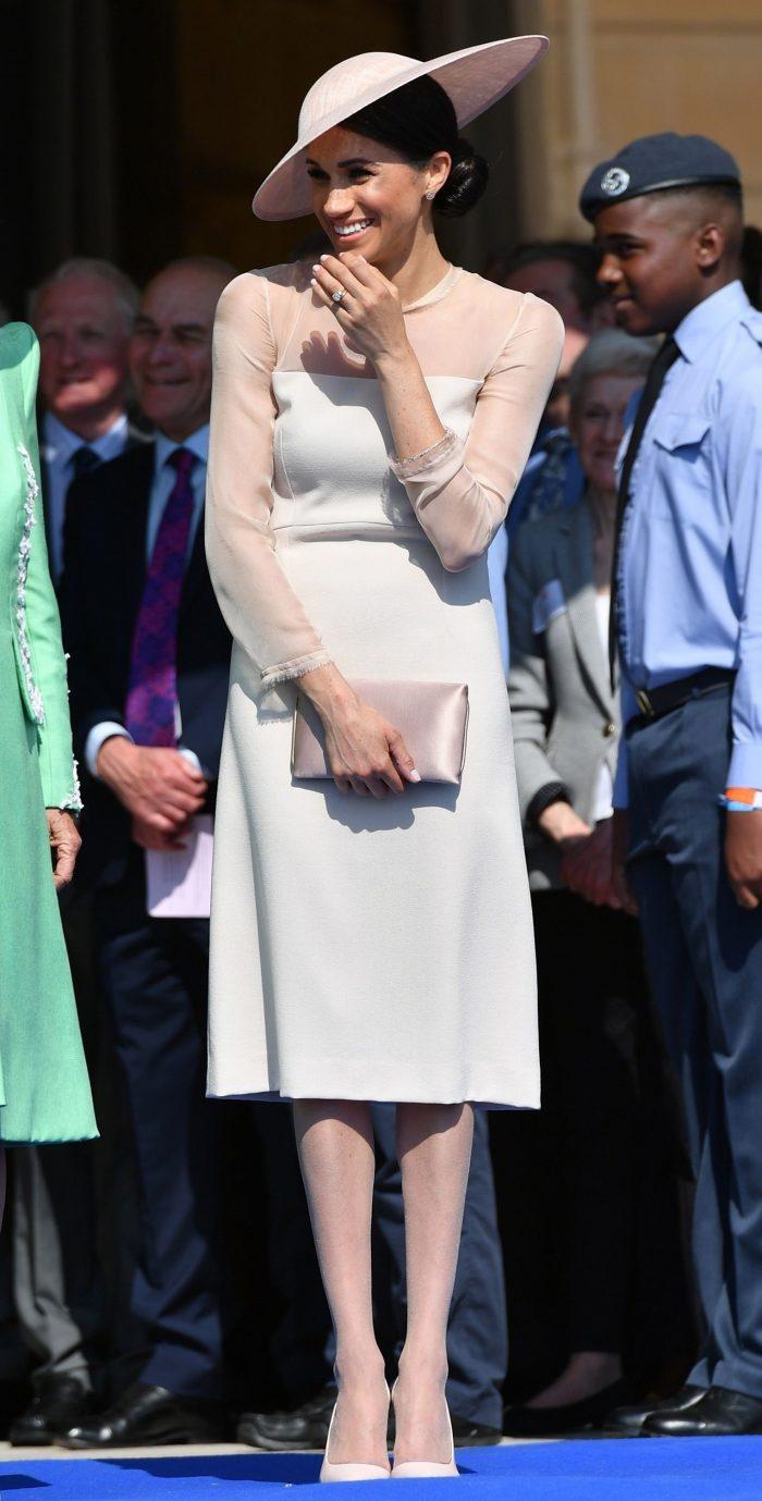 Meghan Markle a participat la ziua de naștere a Prințului Charles, care a împlinit 70 de ani. Este prima apariție oficială a lui Meghan Markle în calitate de Ducesă de Sussex,