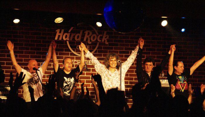 Trupa Iris în concert la Hard Rock Cafe București, 10 aprilie 2010