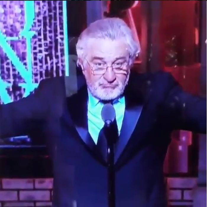Robert de Niro l-a înjurat pe Donald Trump la Premiile Tony.
