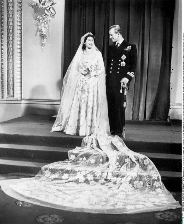 Regina Elisabeta a II-a și Prințul Philip, în ziua nunții lor.