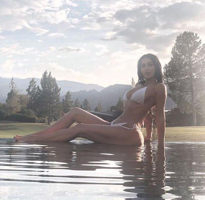 Kim Kardashian este una dintre cele mai controversate, dar și mai adulate vedete din America.