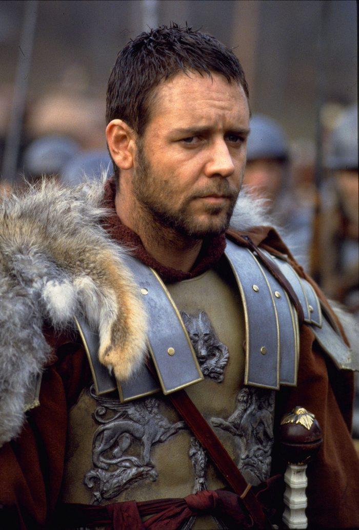 """Russell Crowe, în filmul """"Gladiatorul"""" (2000)"""
