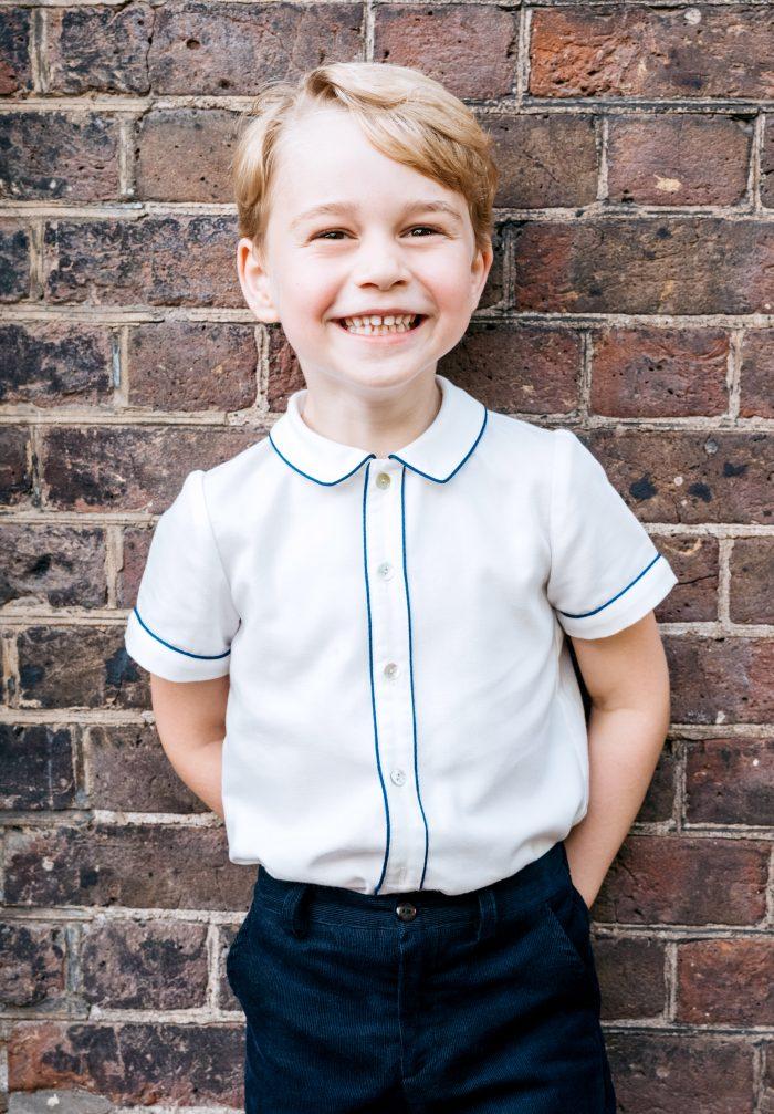 Prințul George a participat la prima lui vânătoare de potârnichi la doar 5 ani!
