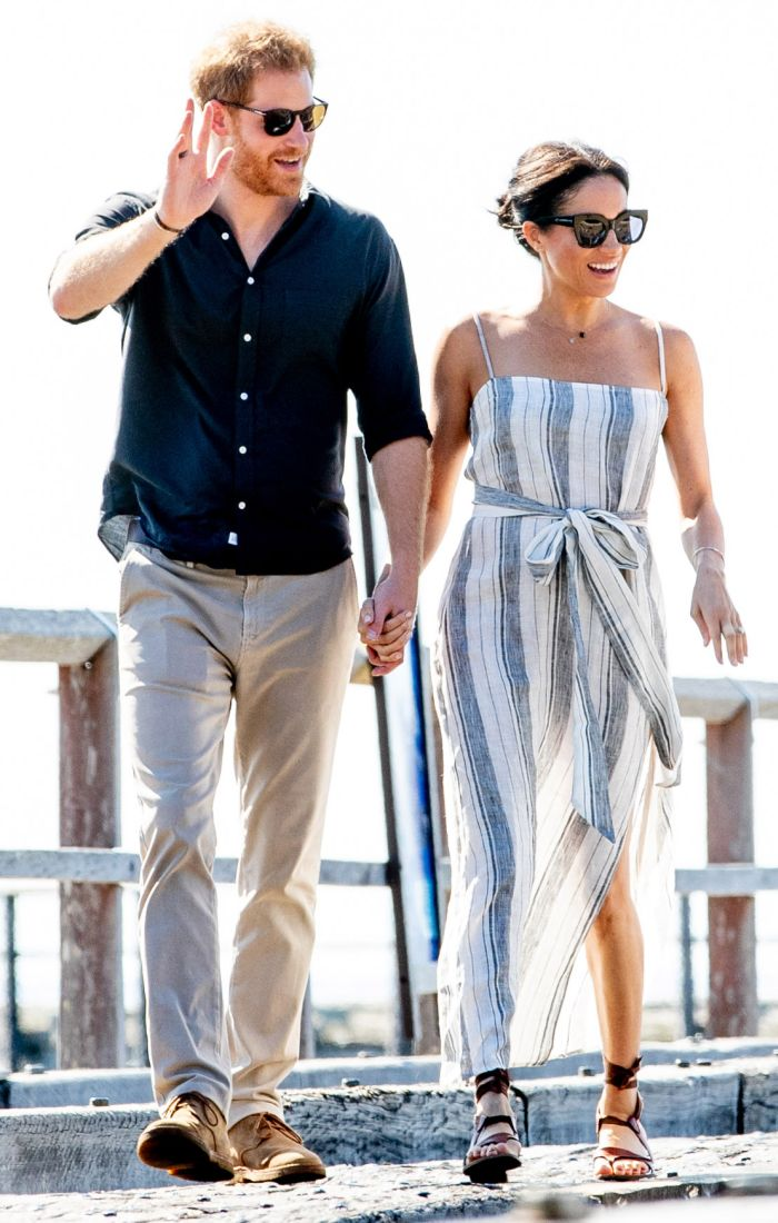 După nuntă, Prințul Harry și Meghan Markle i-au vizitat pe George și amal Clooney la reședința lor de la Lacul Como.