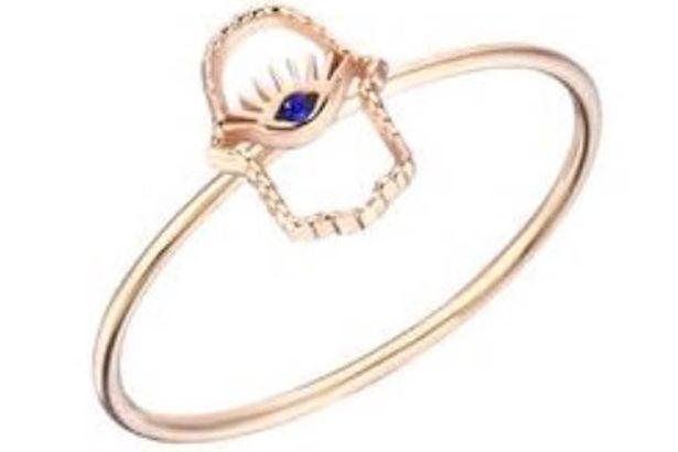 Acesta este inelul pe care îl poartă Meghan Markle de la o vreme.