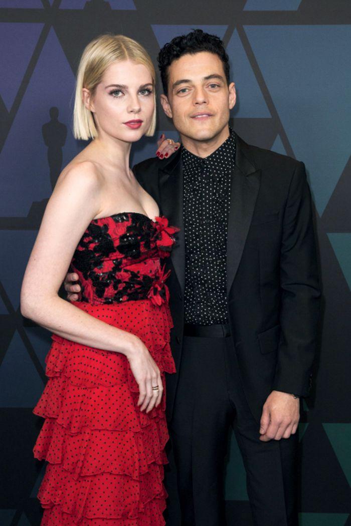 Rami Malek și Lucy Boynton