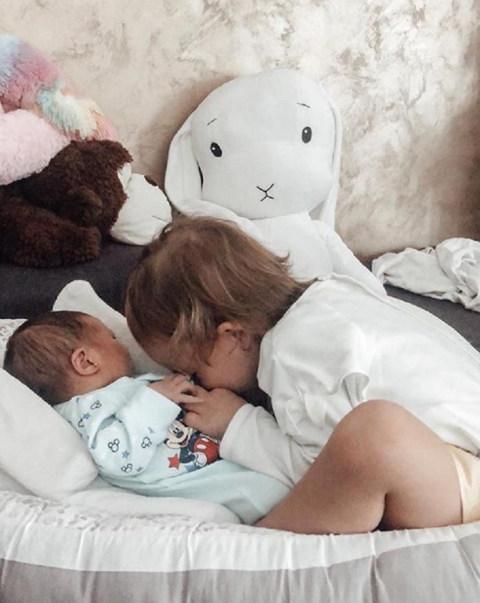 Andreea Bălan și George Burcea au doua fetite