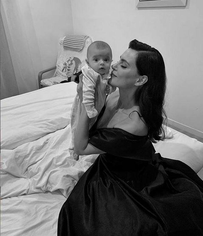 Catrinel Menghia și fiica sa, Carolina, la Cannes
