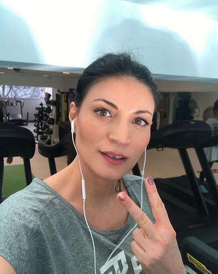 Ioana Ginghină face sport